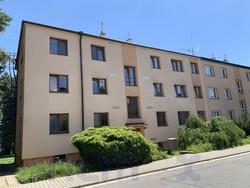 Zachovalý byt 3+1 v původním stavu, 62 m2, OV, cihla, 2 sklepy, ihned volný